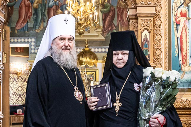 Настоятельница Иверско-Серафимовского монастыря Южной столицы удостоена высокой награды Русской Православной Церкви