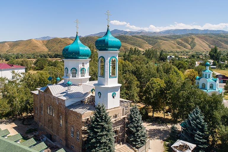 Митрополит Александр провел рабочее совещание по вопросам восстановления Михаило-Архангельского храма в селе Тургень
