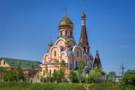 Храм в честь Воздвижения Креста Господня, город Алма-Ата
